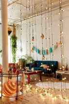 88 beautiful apartment living room decor ideas with boho style (113)