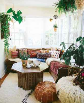 88 beautiful apartment living room decor ideas with boho style (160)