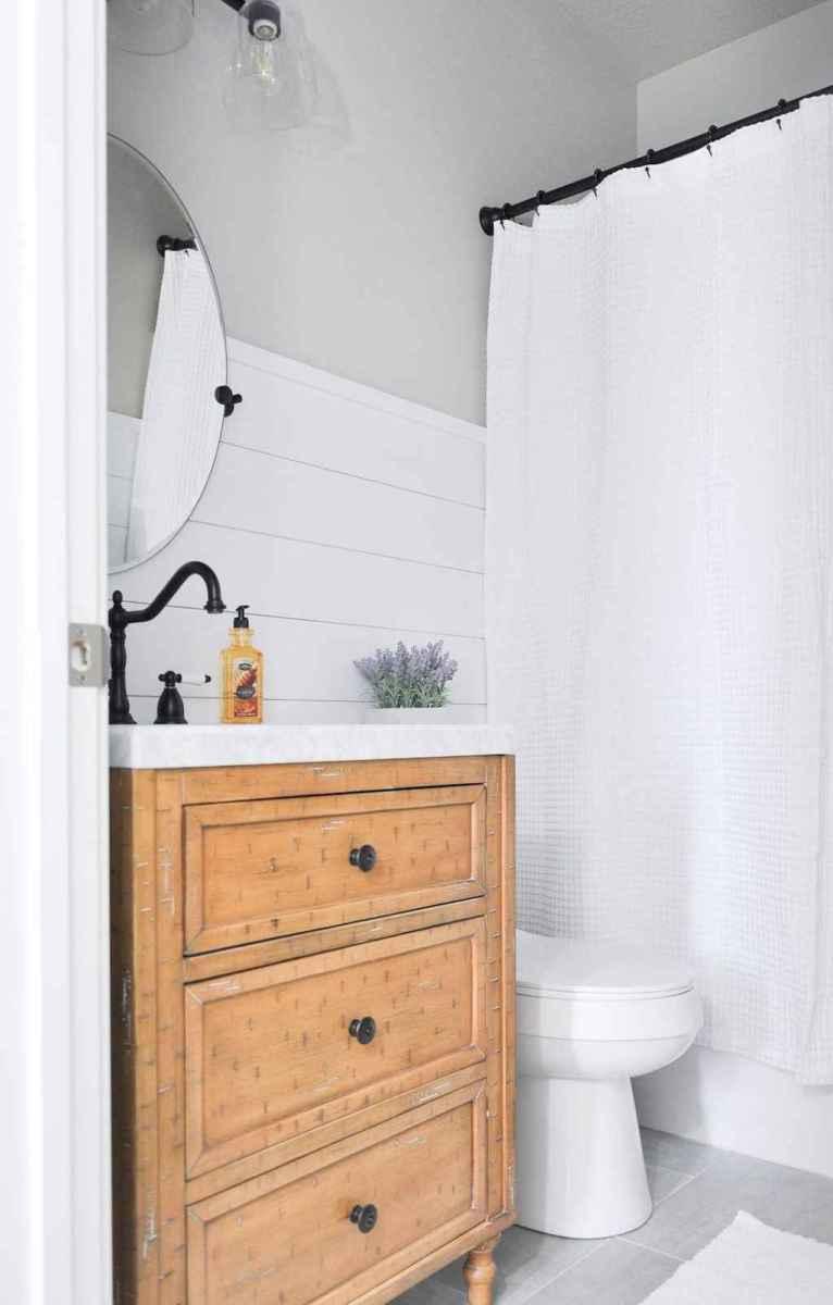 90 best lamp for farmhouse bathroom lighting ideas (48)