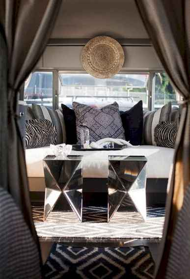90 modern rv remodel travel trailers ideas (25)