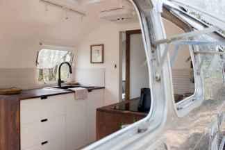 90 modern rv remodel travel trailers ideas (74)
