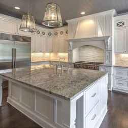 Best 100 white kitchen cabinets decor ideas for farmhouse style design (31)