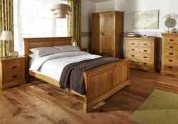 100 elegant farmhouse master bedroom decor ideas (72)