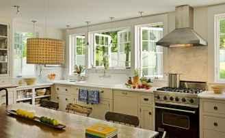 110 amazing farmhouse kitchen decor ideas (35)