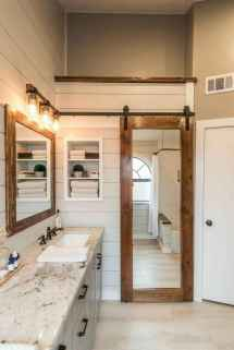 125 awesome farmhouse bathroom vanity remodel ideas (65)