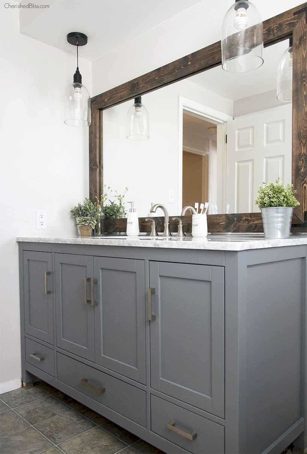 125 awesome farmhouse bathroom vanity remodel ideas (83)