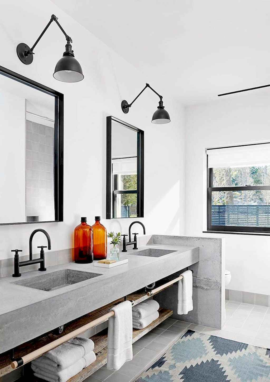 125 awesome farmhouse bathroom vanity remodel ideas (98)