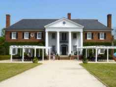 80 awesome plantation homes farmhouse design ideas (11)