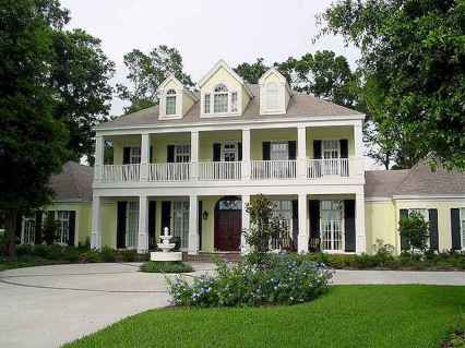80 awesome plantation homes farmhouse design ideas (17)