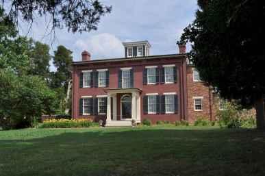 80 awesome plantation homes farmhouse design ideas (25)