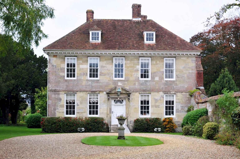 80 awesome plantation homes farmhouse design ideas (40)