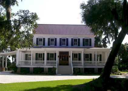 80 awesome plantation homes farmhouse design ideas (56)