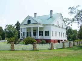 80 awesome plantation homes farmhouse design ideas (59)
