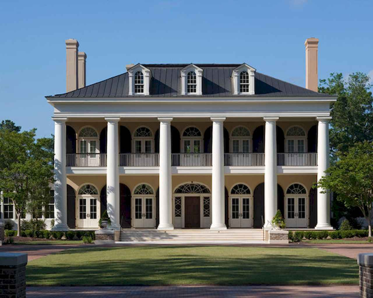80 awesome plantation homes farmhouse design ideas (68)