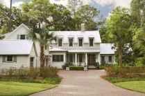 80 awesome plantation homes farmhouse design ideas (69)
