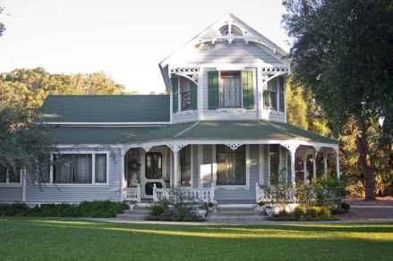 80 awesome victorian farmhouse plans design ideas (66)