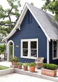 35 handsome black house exterior decor ideas (6)