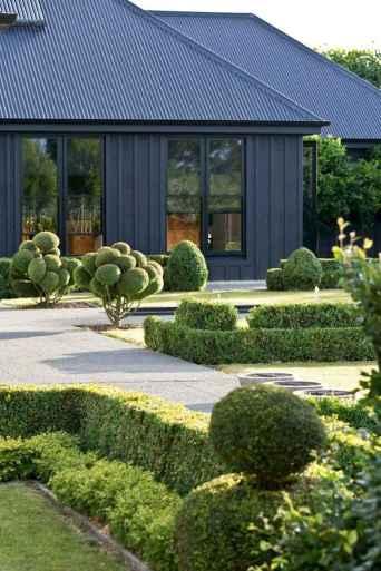 35 handsome black house exterior decor ideas (8)