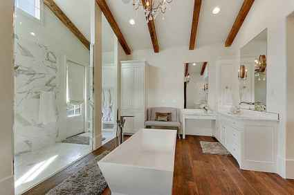 Top 25 farmhouse master bathroom decor ideas (11)