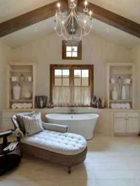 Top 25 farmhouse master bathroom decor ideas (5)
