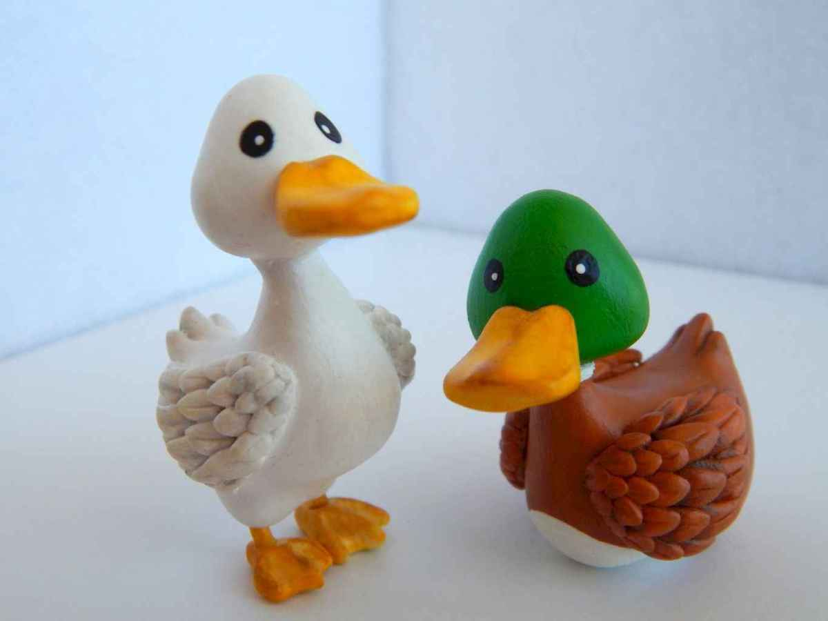 55 easy to try diy polymer clay animals design ideas (43)