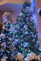 100 beautiful christmas tree decorations ideas (20)