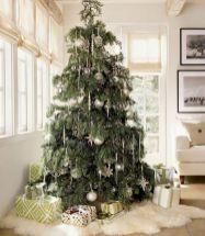 100 beautiful christmas tree decorations ideas (4)