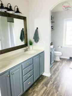 120 best modern farmhouse bathroom design ideas and remodel to inspire your bathroom (107)