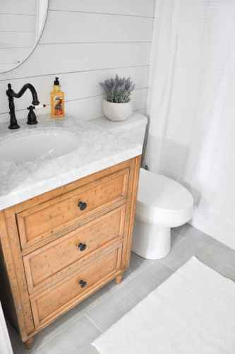 120 best modern farmhouse bathroom design ideas and remodel to inspire your bathroom (68)