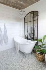 150 stunning farmhouse bathroom tile floor decor ideas and remodel to inspire your bathroom (112)