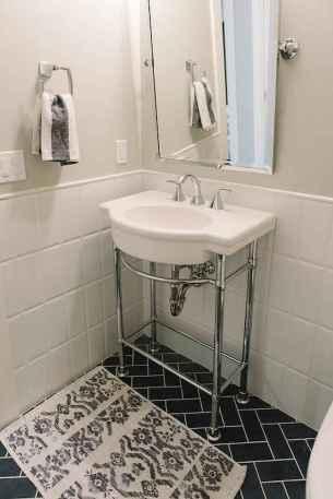 150 stunning farmhouse bathroom tile floor decor ideas and remodel to inspire your bathroom (50)