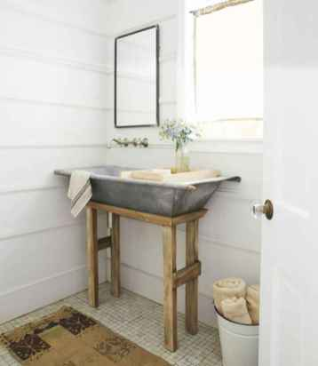 150 stunning small farmhouse bathroom decor ideas and remoddel to inspire your bathroom (101)
