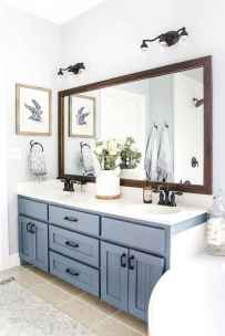 150 stunning small farmhouse bathroom decor ideas and remoddel to inspire your bathroom (105)