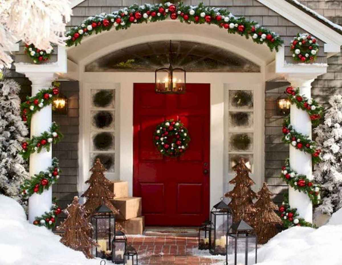 50 beautiful christmas porch decorations ideas and remodel (10)