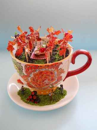 50 easy diy summer gardening teacup fairy garden ideas (10)