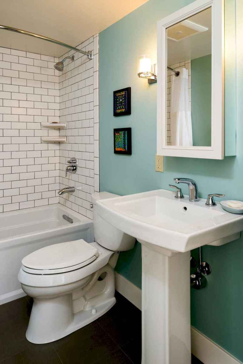 50 small guest bathroom ideas decorations and remodel (25)