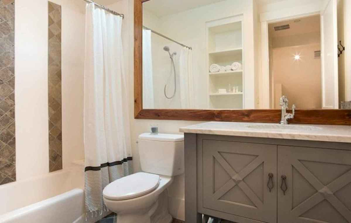 50 small guest bathroom ideas decorations and remodel (37)