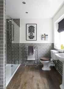 70 inspiring farmhouse bathroom shower decor ideas and remodel to inspire your bathroom (12)