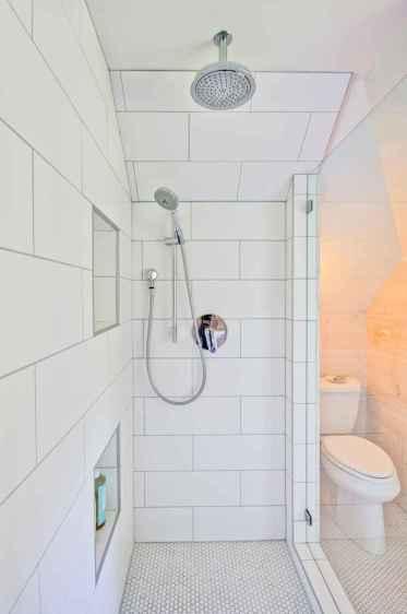 70 inspiring farmhouse bathroom shower decor ideas and remodel to inspire your bathroom (18)