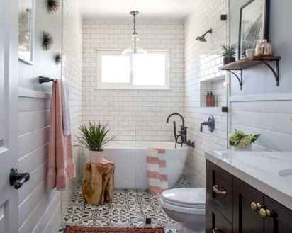 70 inspiring farmhouse bathroom shower decor ideas and remodel to inspire your bathroom (22)