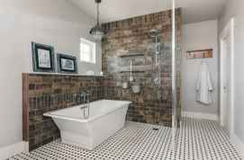 70 inspiring farmhouse bathroom shower decor ideas and remodel to inspire your bathroom (53)