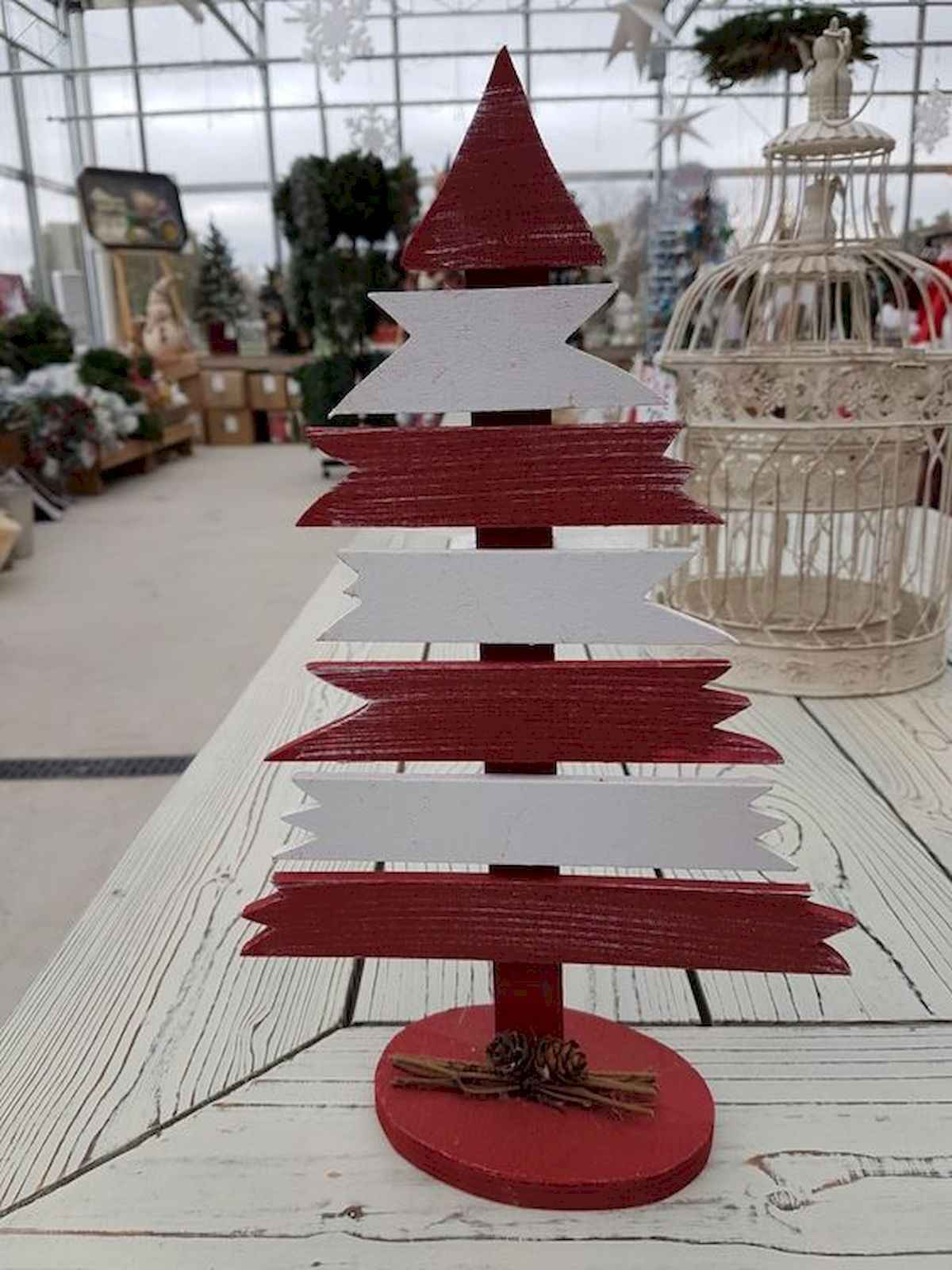 30 rustic and vintage christmas tree ideas decorations (11)