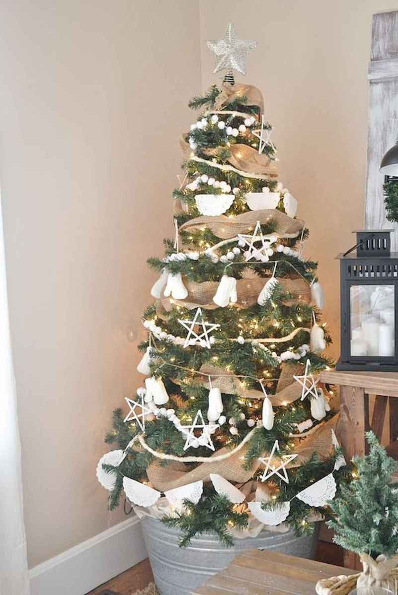 30 rustic and vintage christmas tree ideas decorations (22)