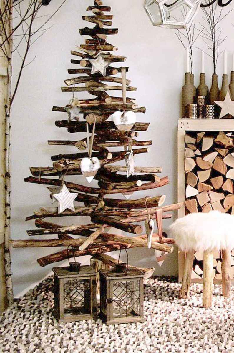 35 awesome apartment christmas decorations ideas (5)