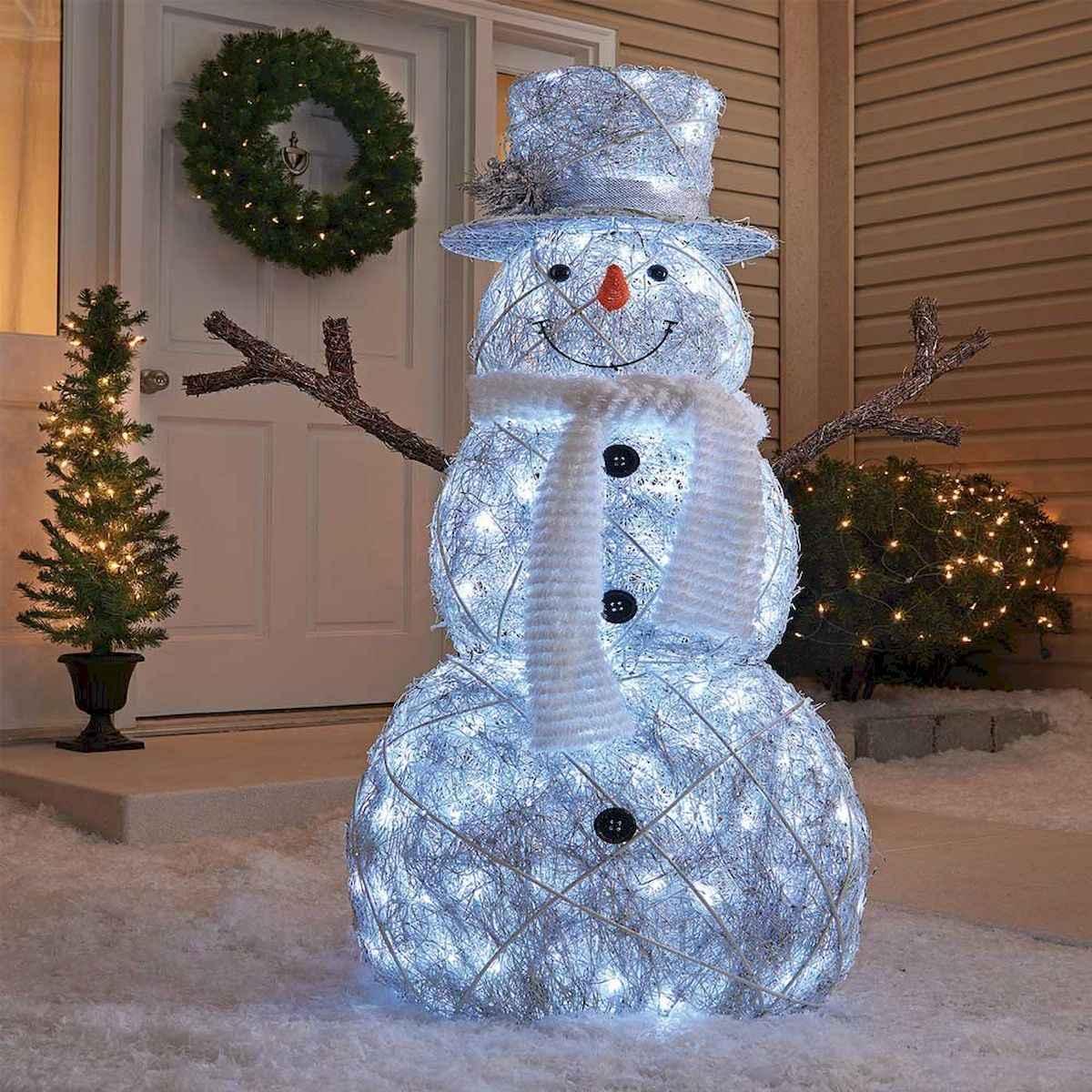40 amazing outdoor christmas decorations ideas (11)