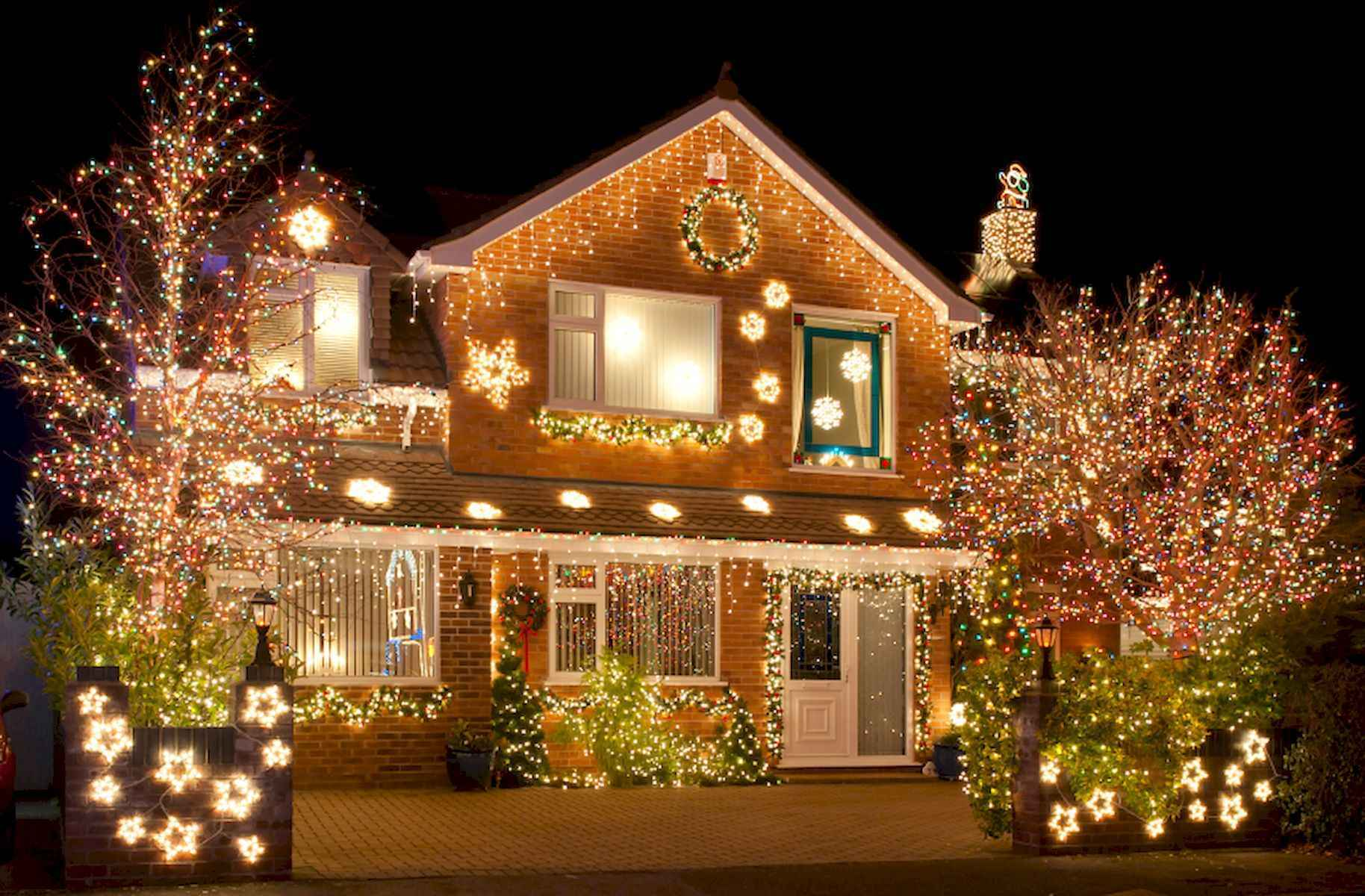 40 amazing outdoor christmas decorations ideas (40)