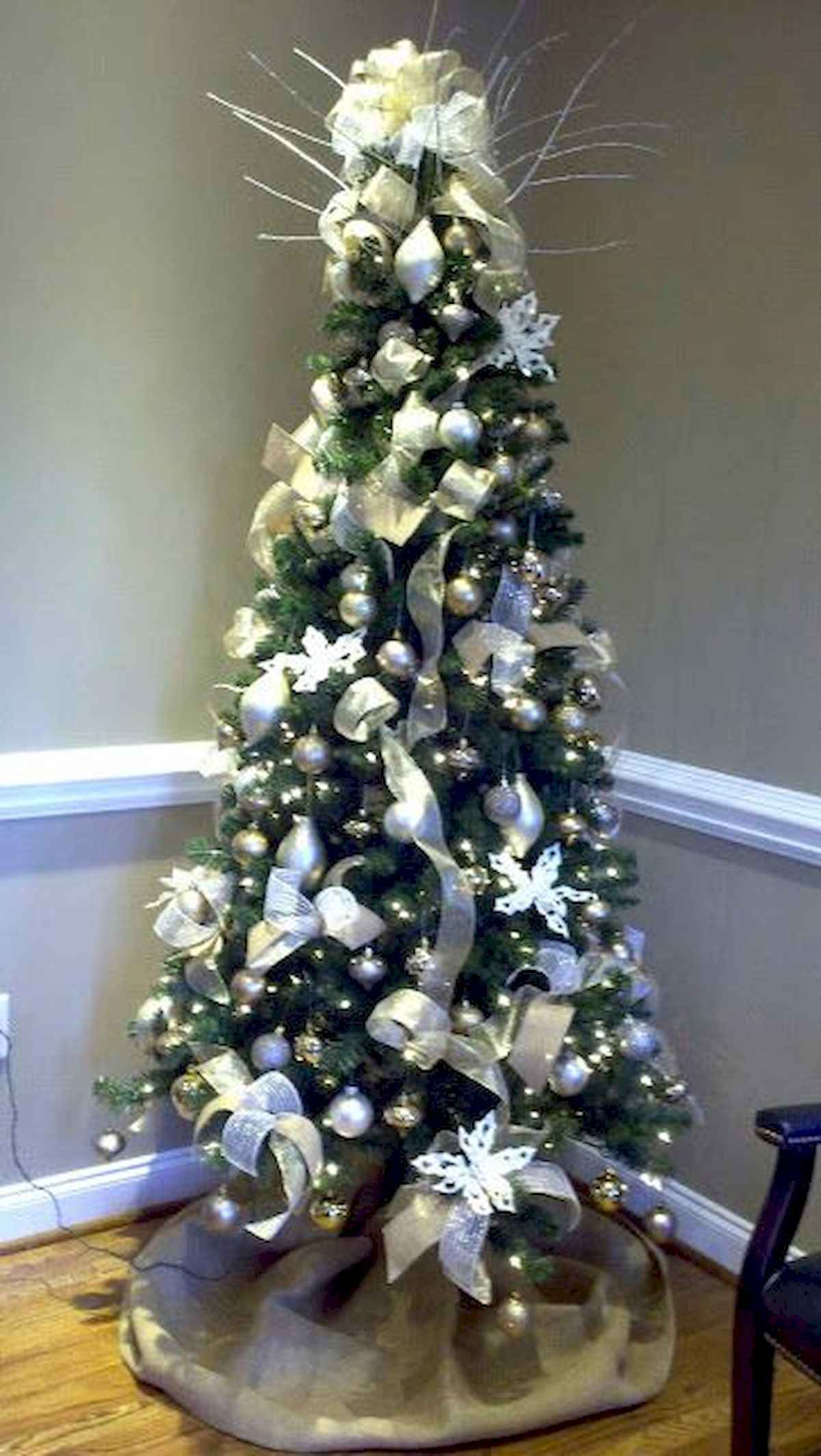 40 elegant christmas tree decorations ideas (3)