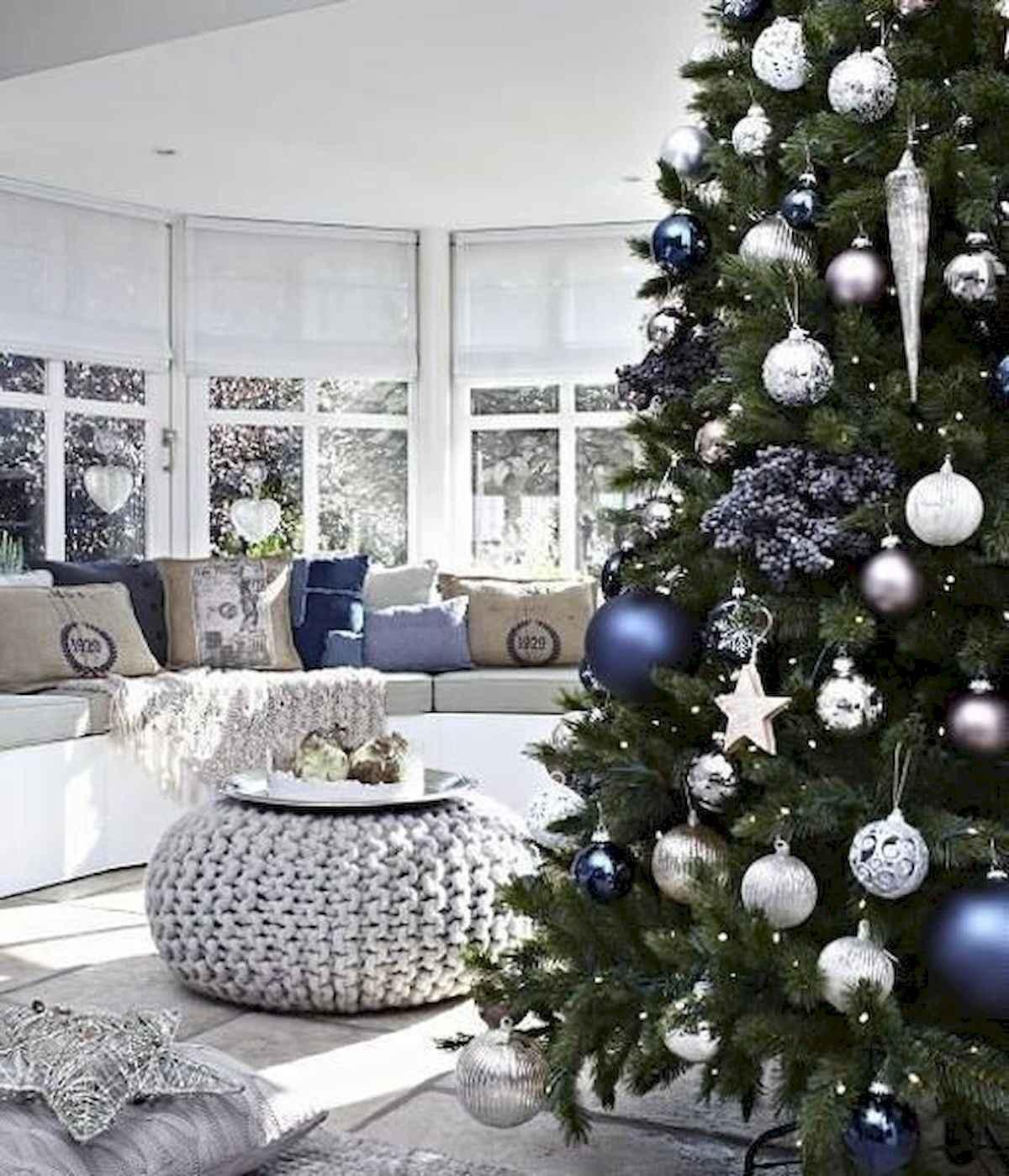 40 elegant christmas tree decorations ideas (34)