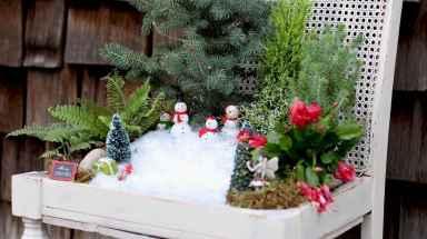 45 beautiful christmas fairy garden ideas decorations (37)