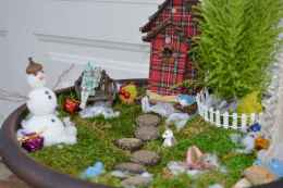 45 beautiful christmas fairy garden ideas decorations (43)